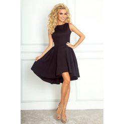 Sukienki hiszpanki: Monica Ekskluzywna sukienka z dłuższym tyłem - czarna