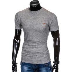T-SHIRT MĘSKI BEZ NADRUKU S885 - SZARY. Szare t-shirty męskie z nadrukiem Ombre Clothing, m, z bawełny. Za 19,99 zł.