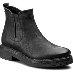 Botki WOJAS - 6619-51 Czarny. Czarne buty zimowe damskie Wojas, z nubiku, na obcasie. W wyprzedaży za 239,00 zł.