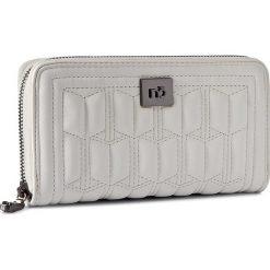 Duży Portfel Damski NOBO - NPUR-0530-C000  Biały. Białe portfele damskie Nobo, ze skóry ekologicznej. W wyprzedaży za 99,00 zł.