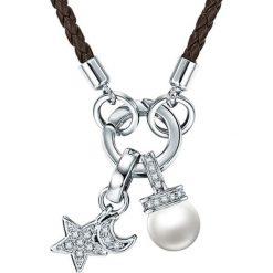 Naszyjniki damskie: Skórzany naszyjnik w kolorze srebrno-brązowym z elementem ozdobnym – dł. 60 cm