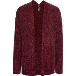 Sweter bez zapięcia z szenili bonprix czerwony klonowy. Czerwone swetry oversize damskie bonprix. Za 99,99 zł.