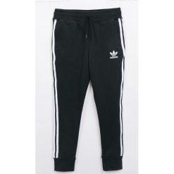 Odzież chłopięca: adidas Originals - Spodnie dziecięce 128-164 cm`