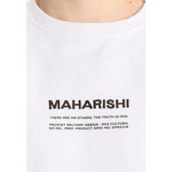 Maharishi OVERSIZED FIT Bluza white. Białe bluzy męskie Maharishi, m, z bawełny. W wyprzedaży za 876,85 zł.