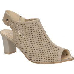 Sandały ażurowe Casu 398. Brązowe sandały damskie Casu, w ażurowe wzory. Za 189,99 zł.