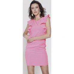 Sukienki: Koralowa Sukienka Perfect Moment