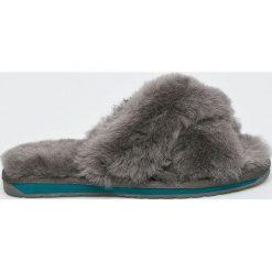 Emu Australia - Klapki Mayberry 2.0. Szare klapki damskie EMU Australia, z gumy, na wysokim obcasie. Za 299,90 zł.