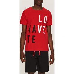 Piżama z krótkimi spodenkami - Czerwony. Czerwone bielizna chłopięca marki Reserved, l, z krótkim rękawem. Za 59,99 zł.