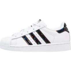 Adidas Originals SUPERSTAR C Tenisówki i Trampki footwear white/core black. Białe tenisówki męskie marki adidas Originals, z materiału. Za 249,00 zł.