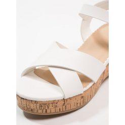 Next OLDER GIRLS Sandały white. Białe sandały chłopięce Next, z materiału. Za 179,00 zł.