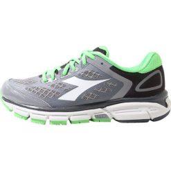 Buty do biegania męskie: Diadora MYTHOS SHINDANO 5        Obuwie do biegania treningowe gray/green