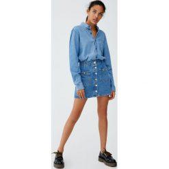 Spódnica jeansowa z guzikami. Szare spódniczki jeansowe Pull&Bear. Za 89,90 zł.