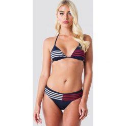 Tommy Hilfiger Dół bikini Brazilian Hipster - Navy. Niebieskie bikini TOMMY HILFIGER. W wyprzedaży za 81,18 zł.