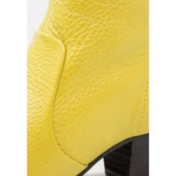 Botki damskie lity: L'INTERVALLE BROOKS Ankle boot yellow