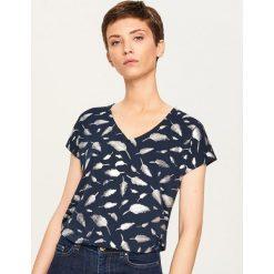 T-shirt we wzory - Granatowy. Niebieskie t-shirty damskie Reserved, l. Za 49,99 zł.