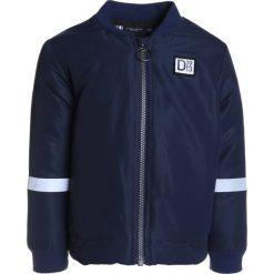 Didriksons ROCIO PADDED KIDS Kurtka Outdoor navy. Niebieskie kurtki chłopięce sportowe marki bonprix, z kapturem. W wyprzedaży za 269,10 zł.