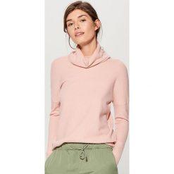Miękki sweter z golfem - Różowy. Czerwone golfy damskie Mohito, l. Za 79,99 zł.
