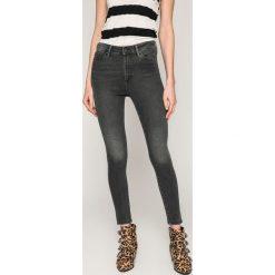 Vero Moda - Jeansy. Niebieskie jeansy damskie marki House, z jeansu. W wyprzedaży za 89,90 zł.