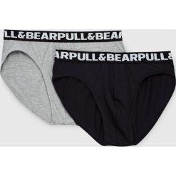 Bokserki z logo P&B (komplet 2 szt.). Szare bokserki męskie marki Pull&Bear. Za 49,90 zł.