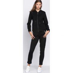 Spodnie dresowe damskie: Czarne Spodnie Dresowe Workers