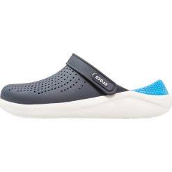 Crocs LITERIDE Sandały kąpielowe navy/white. Niebieskie kąpielówki męskie marki Crocs, m, z gumy. Za 209,00 zł.