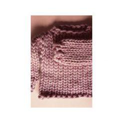 Wełniany sweter na grubych drutach 100% wełna merynos. Czerwone swetry klasyczne damskie Panapufa, l, z wełny. Za 950,00 zł.