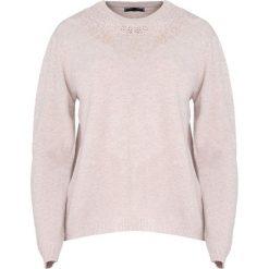 Beżowy Sweter Marry The Night. Brązowe swetry klasyczne damskie Born2be, l, z okrągłym kołnierzem. Za 59,99 zł.