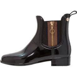Gioseppo Kalosze black. Czarne buty zimowe damskie marki Gioseppo, z materiału. W wyprzedaży za 155,40 zł.
