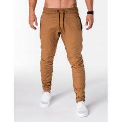 SPODNIE MĘSKIE JOGGERY P713 - RUDE. Brązowe joggery męskie Ombre Clothing. Za 59,00 zł.