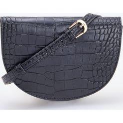 Torebka z teksturą krokodyla - Czarny. Czarne torebki klasyczne damskie Reserved. Za 249,99 zł.