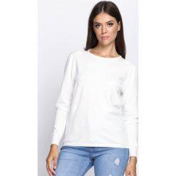 Biały Sweter In My Feelings. Białe swetry klasyczne damskie Born2be, l, z okrągłym kołnierzem. Za 74,99 zł.