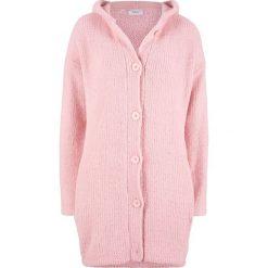 Długi sweter rozpinany z puszystej przędzy bonprix pastelowy jasnoróżowy. Szare kardigany damskie marki Mohito, l. Za 99,99 zł.