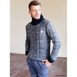 Sweter z golfem. Czarne golfy męskie marki Pakamera, m, z kapturem. Za 115,00 zł.