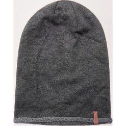 Czapka - Jasny szar. Czarne czapki zimowe damskie marki House. Za 39,99 zł.