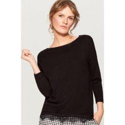 Swetry klasyczne damskie: Sweter z koronkowym wykończeniem - Czarny