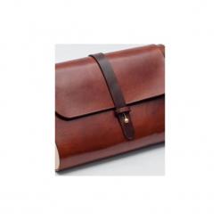 Torebka z drewnem R4 koniak. Brązowe torebki klasyczne damskie Republic, w paski, z lakierowanej skóry, duże. Za 410,00 zł.