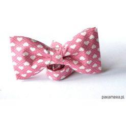 Mucha Serca. Różowe muchy męskie Pakamera, z bawełny. Za 65,00 zł.