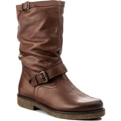 Kozaki LASOCKI - RIKA-01 Brązowy. Brązowe buty zimowe damskie Lasocki, ze skóry, przed kolano, na wysokim obcasie. Za 329,99 zł.