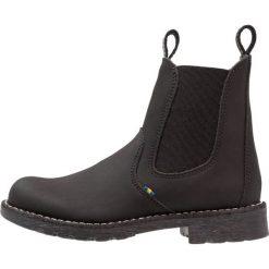 Kavat HUSUM Botki black. Czarne buty zimowe damskie Kavat, z gumy. W wyprzedaży za 227,40 zł.