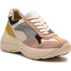 Sneakersy STEVE MADDEN - Memory Sneaker SM11000321-03001-914 Pink Multi. Czerwone sneakersy damskie Steve Madden, z materiału. W wyprzedaży za 359,00 zł.