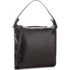 Torebka COCCINELLE - CE5 Mila E1 CE5 13 04 01 Noir 001. Czarne torebki klasyczne damskie Coccinelle, ze skóry, duże. W wyprzedaży za 729,00 zł.
