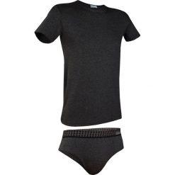 Męski komplet: T-shirt i slipy Enrico Coveri 1625SA. Szare slipy męskie marki S.Oliver, l, z bawełny, z włoskim kołnierzykiem, z długim rękawem. Za 48,99 zł.