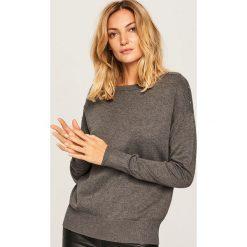 Sweter z dekoltem w łódkę - Szary. Szare swetry klasyczne damskie marki FOUGANZA, z bawełny. Za 59,99 zł.