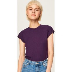 T-shirt z prążkowanej dzianiny - Fioletowy. Fioletowe t-shirty damskie Reserved, l, z dzianiny. Za 29,99 zł.