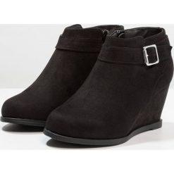 New Look 915 Generation PURSUIT Botki black. Czarne buty zimowe damskie New Look 915 Generation, z materiału. Za 129,00 zł.