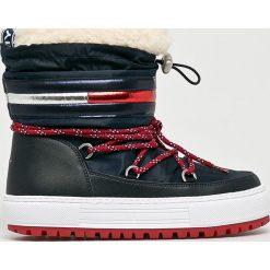 Tommy Jeans - Śniegowce. Szare śniegowce damskie Tommy Jeans, z jeansu. Za 699,90 zł.