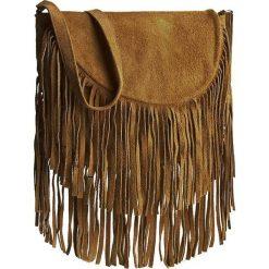 Torebka CREOLE - RBI10155  Camel. Brązowe listonoszki damskie Creole, ze skóry. W wyprzedaży za 109,00 zł.