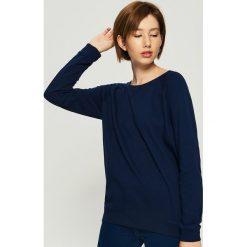 Bluza z raglanowymi rękawami - Granatowy. Niebieskie bluzy damskie Sinsay, l. Za 29,99 zł.