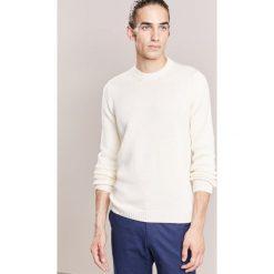 Roberto Collina Sweter white. Białe swetry klasyczne męskie Roberto Collina, m, z materiału. W wyprzedaży za 503,40 zł.