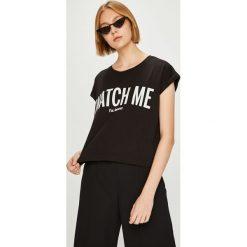 Answear - Top Watch Me. Szare topy damskie marki ANSWEAR, l, z nadrukiem, z bawełny, z okrągłym kołnierzem. W wyprzedaży za 47,90 zł.